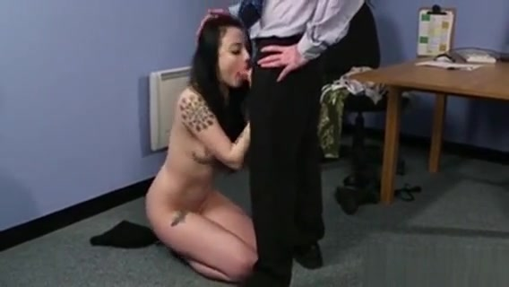 Hot Model Gets Cumshot On Her Face Gulping All The Load choot lund sex video