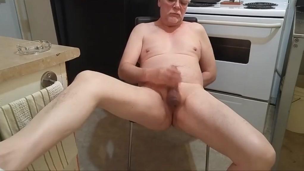 Daddy se branle et pisse... Hardcore ember reigs sex gif