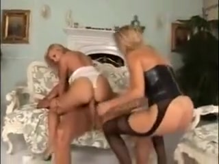 Two Girl, One Man Threesome sit rodney porn review
