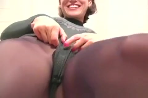 Tight Butts In Pantyhose Show video sample clips shemale