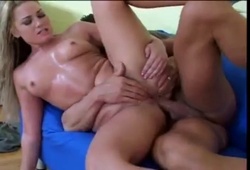 Teen blonde squirter cums hard all over the place Anal in the bedroom with dominica phoenix