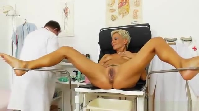 Blondes mama gyno plus a little extra girl in chaps fucked