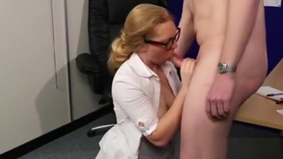 Slutty Bombshell Gets Sperm Shot On Her Face Swallowing All