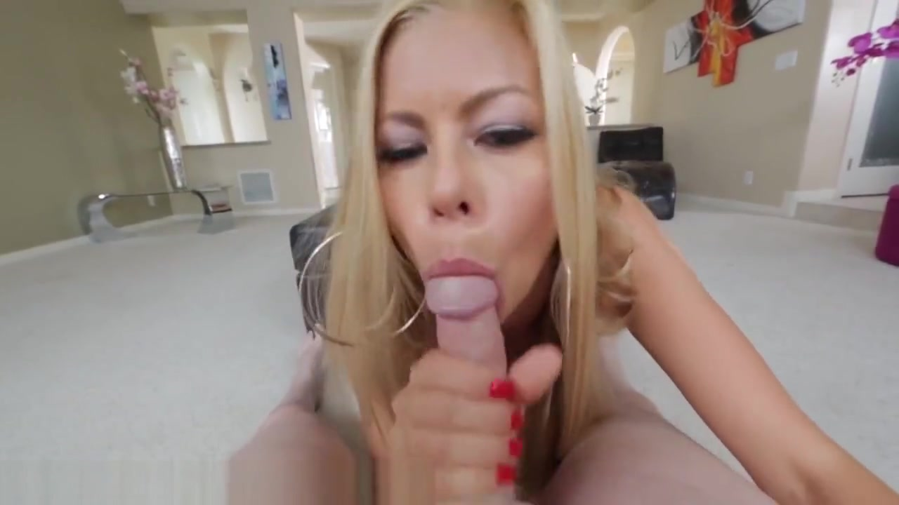 Alexis Fawx Is A Slutty LIttle MILF Catfight wrestling