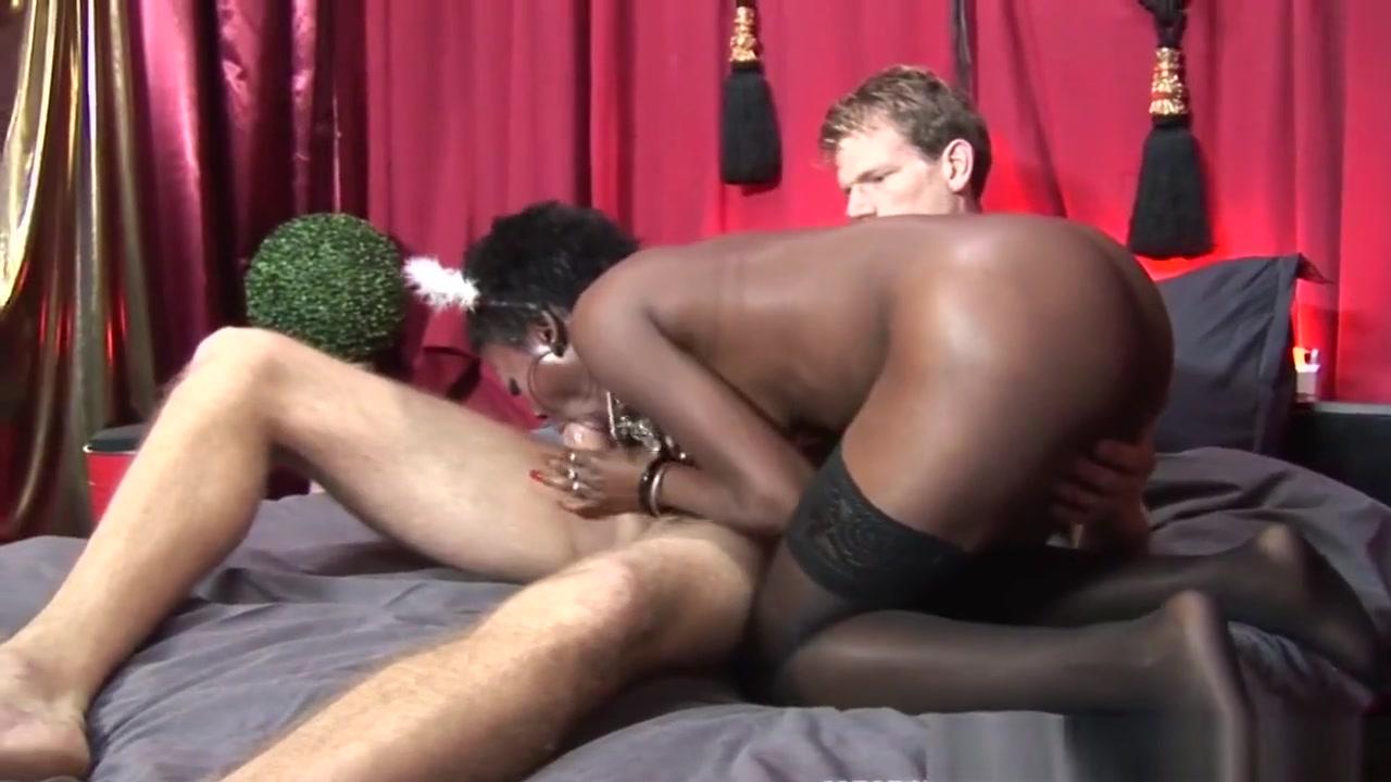 Black dutch hooker cocksucking before fucking