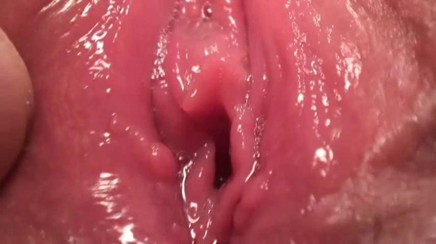 Japanese slit play 48 Big boobs women videos