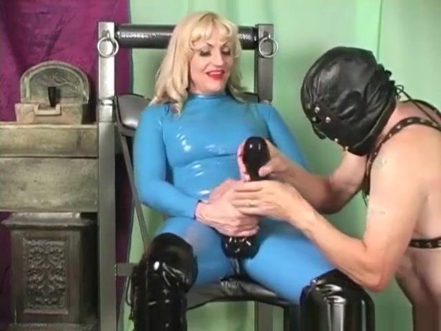 Mistress Kelly latex femdom Small Asain Dick Blowjobs