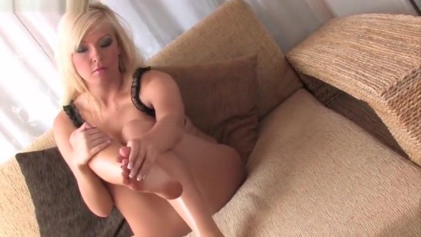 Cute blonde Morgan Lees has cute feet and toes Anal sexy saudi girls