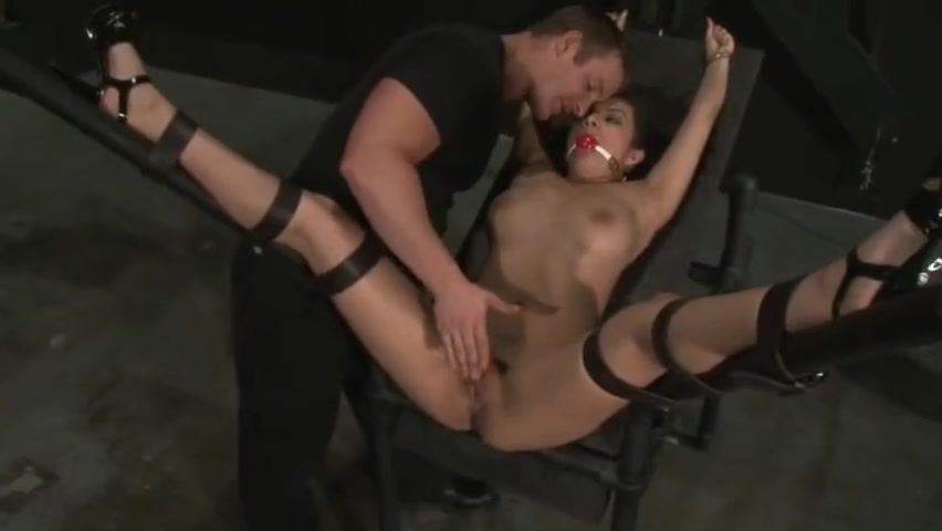 Pretty latina Pepper Foxxx is tied down for a hard fuck