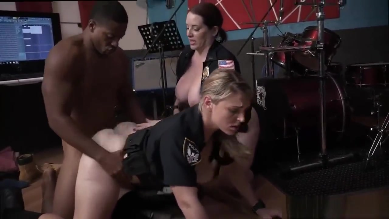 Blonde milf solo toys and female fake taxi police Raw flick grips cop ty fox porn flicks