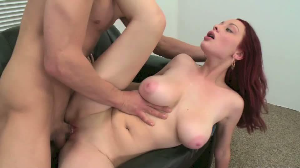 Секс с рыжей грудастой гимнасткой, порно фото радокс