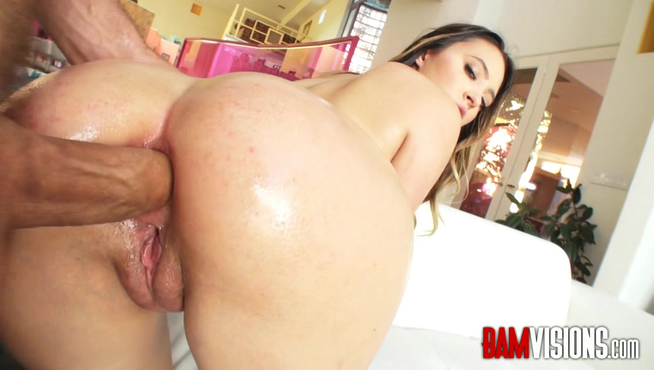 Bamvisions Quinn Wilde gets an anal workout skinny babe with big boobs
