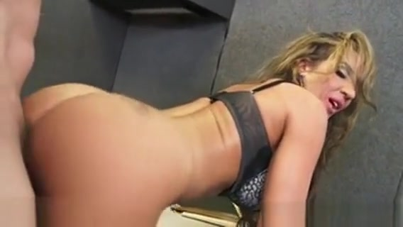 Brown Haired Richelle Ryan Gets Facialized In The Office eat cum filled pussy