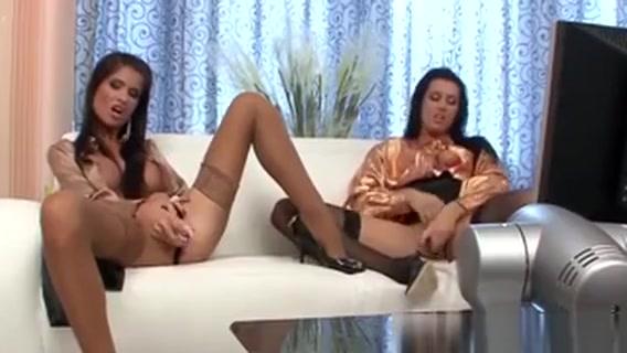 Classy Lez Pussy Sucked sex 18 anes foto