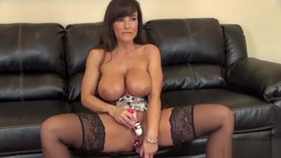Porn Pro Milf Lisa Ann Shows Her Big Tits And Toys Herself On Cam