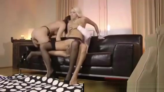 Threesome For Mature British Couple With Blonde In Stockings Why there is pain in breast