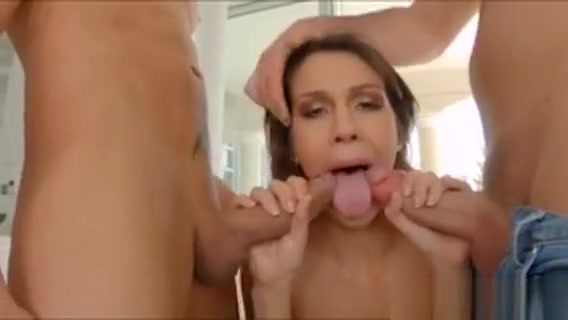 Curvy Samia Duarte Gets A Double Dose Of Huge Cocks And Cum Little girl new pubic hair nude