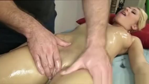Nice Cock Pounding And Pussy Licking On The Massage Table