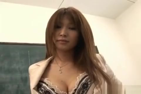 Ai Busty Rubs Cunt In Classroom