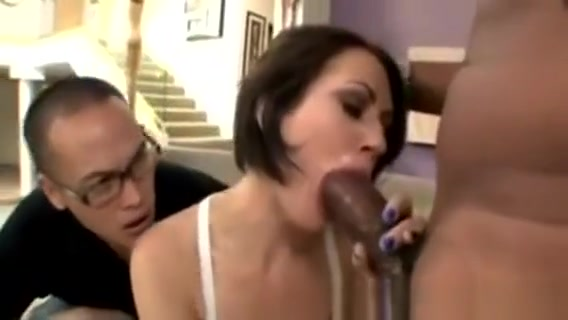 Perv Watches Sexy Gf Sarah Shevon Sucking A Big Black Cock Amateur eurobabes wrestling and kissing