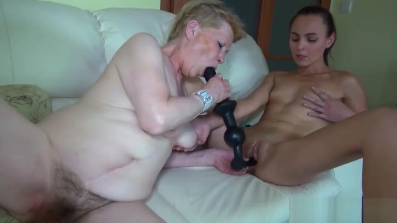 Iamporn - Slim Babe And Granny Sucking Cock futanaria fake dickgirls shemales