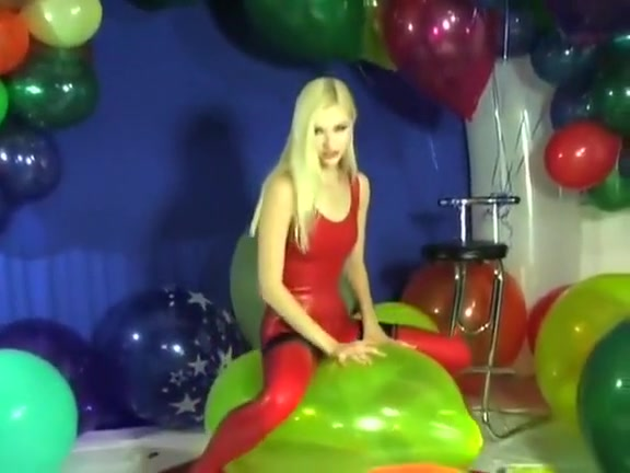 Zlata: Balloon Sit-Popping Czech Amateurs 6