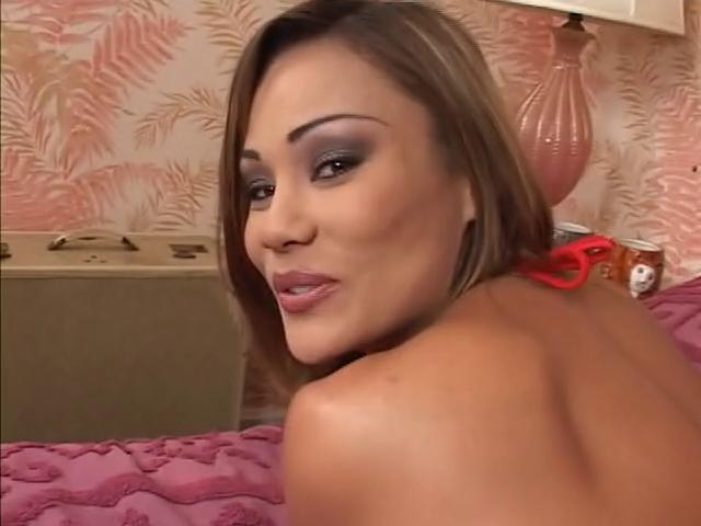 Superhot Oriental Hottie ! French wife nude over 50