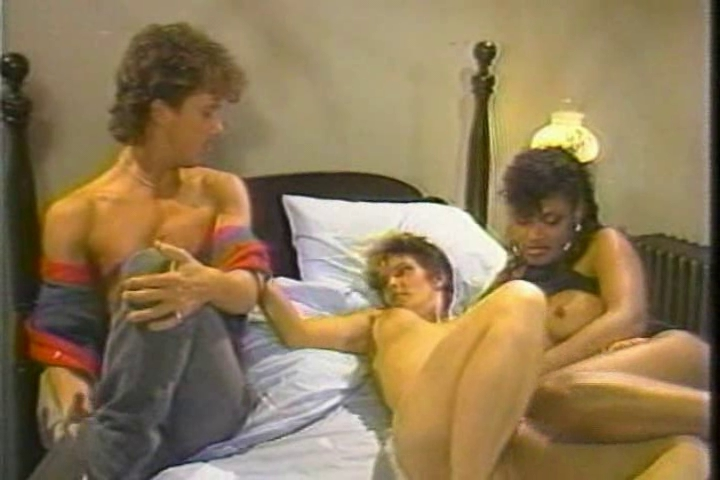 Beauty Kelly & Nikki Knight with Tom Byron