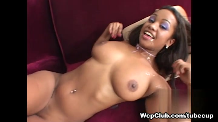 Nadia in Big Booty Princess Video naked woman oil wresling