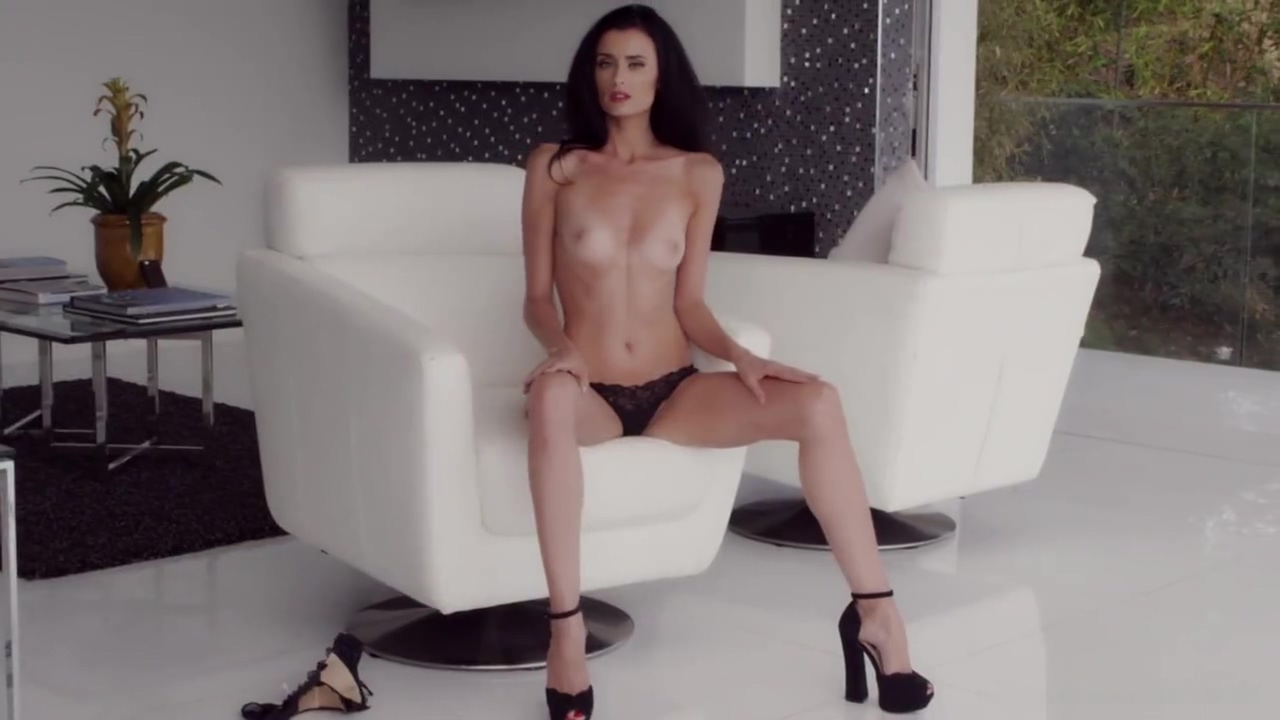 Playboy Plus - Lucia Sitavancova in Slender Beauty