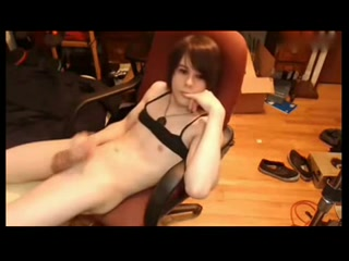 Pretty tranny wanks off on the webcam Free Lesbian Ass Fucking Stories