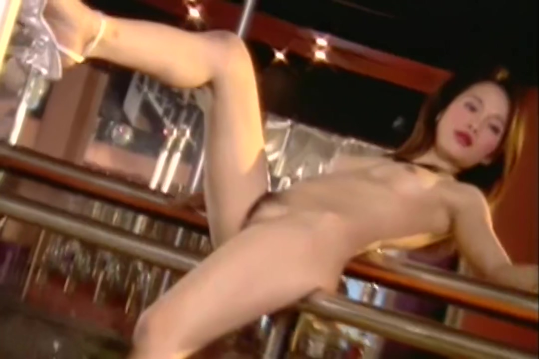 Thai Bar Girl Naked Pole Dance