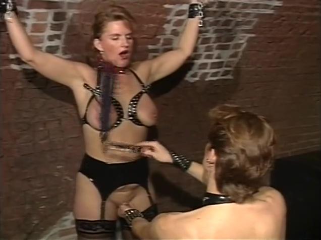 Dutch amateur Andrea (Part 4) Pron naked big bb