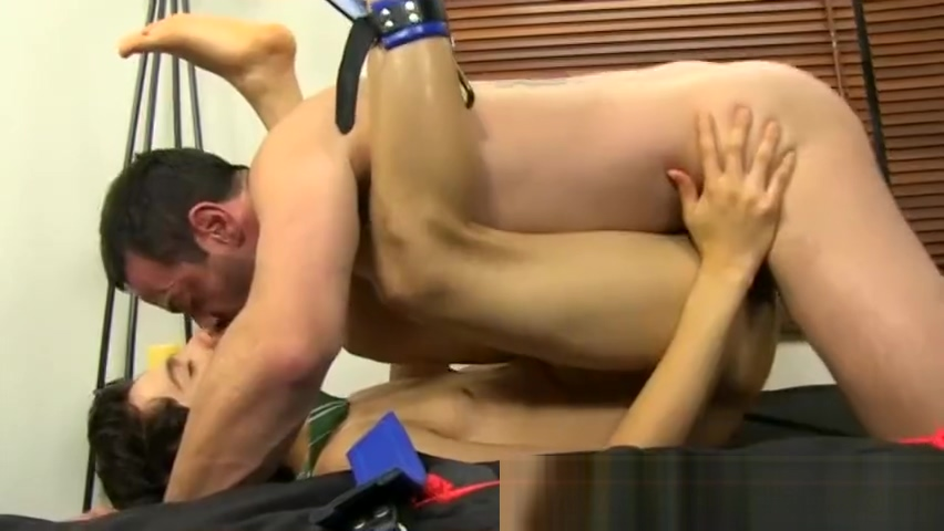 Huge gay naked old men porn xxx Mike binds up and blindfolds the White trash bukkake