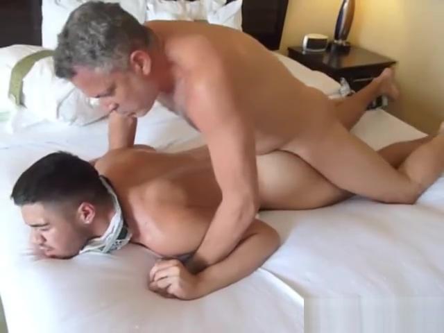 S L U T orgasm animation