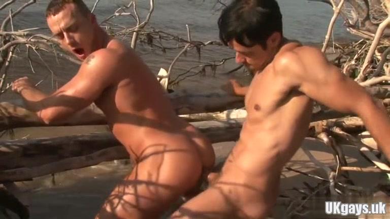 Hot bottom anal sex and cumshot amateur nude lesbian gym porno