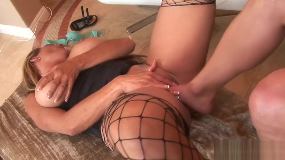 Hottest blonde lesbian fucking ever! Sexy totally naked ladies
