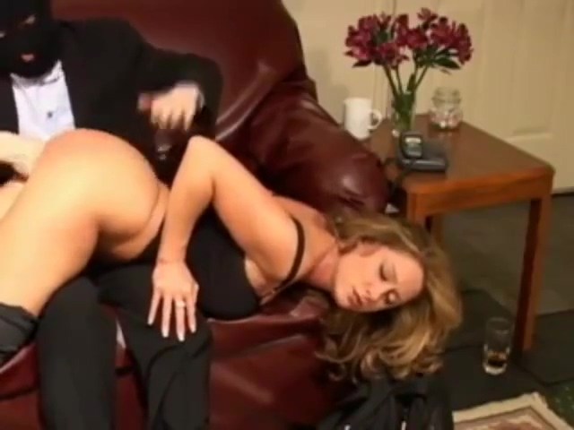 cc gets the treatment. 103.20 MB Wearing depends for masturbation