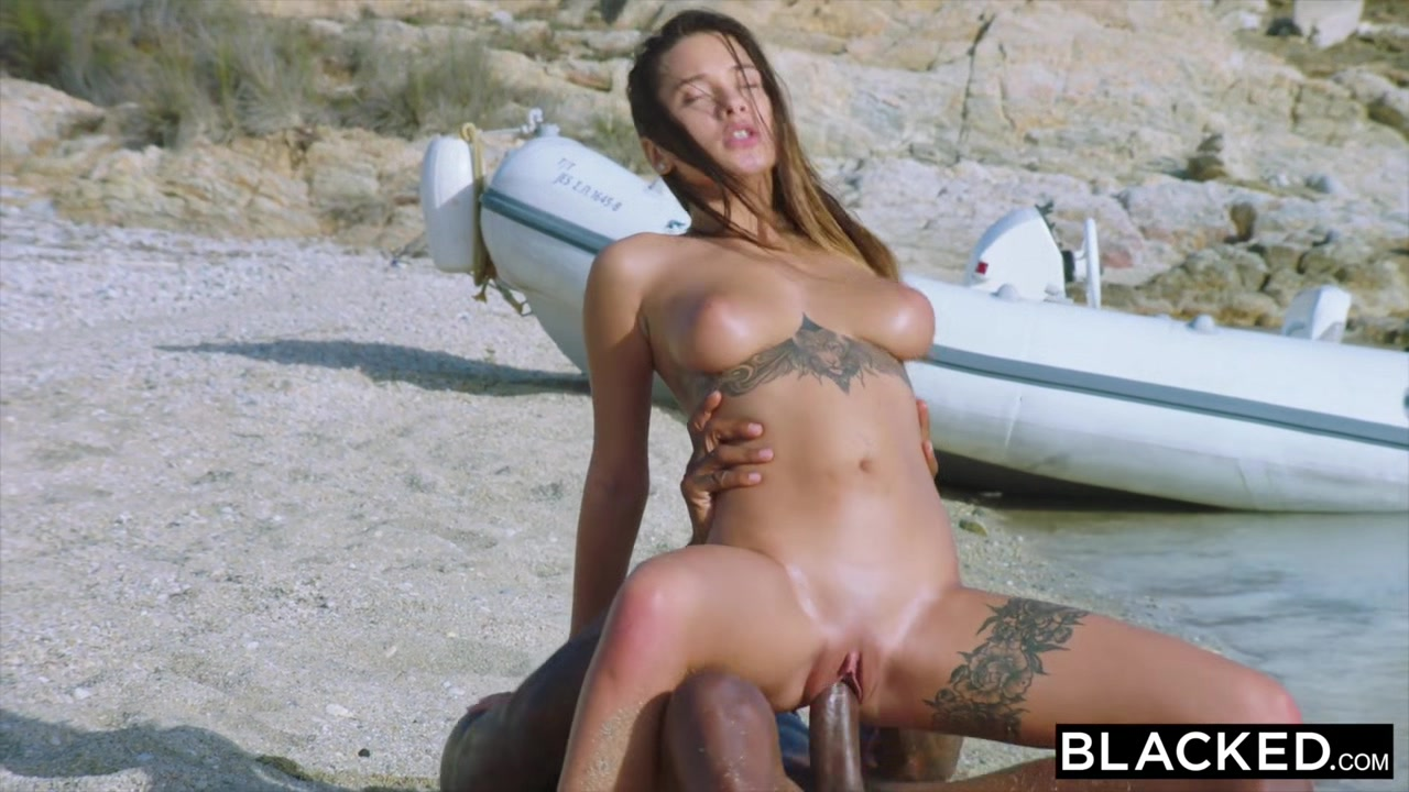 BLACKED Perfect Body Beauty Fucks Her BBC Diving Coach Ways To Tease Your Girlfriend