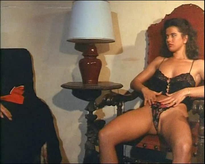 porno-gde-v-rolyah-anzhelika-bella-s-perevodom