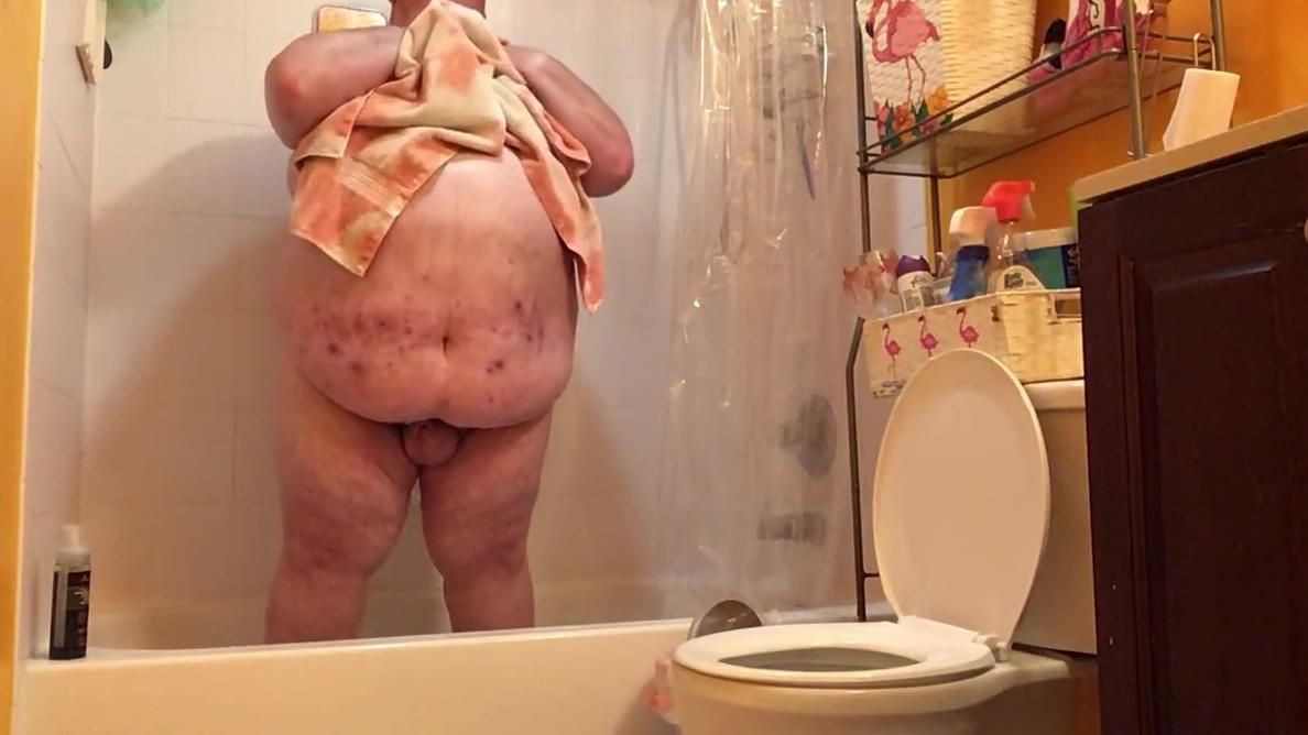 Shower Jan 27 2019 Big titis and ass