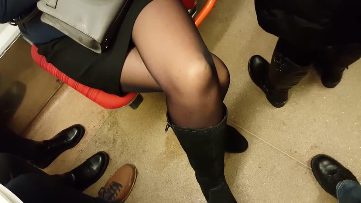 Nice black pantyhose family guy porn lois and chris sex