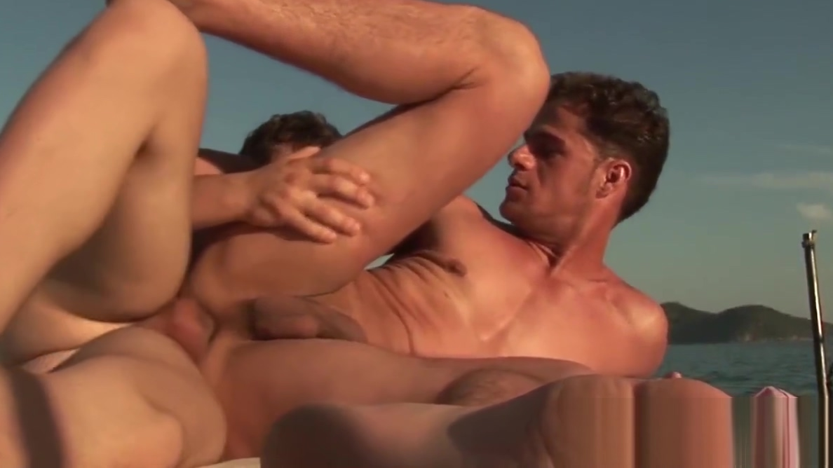 Sailing homosexual fingered before sensual bareback free avi mobile porn