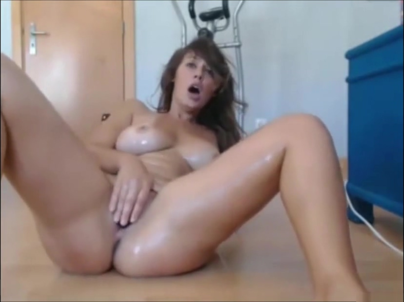 Hot milf squirt on cam - Join hotcamgirls69 for free live camgirls Leggy mature