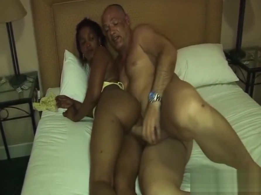 african milf gets a big white cock Horny kik users