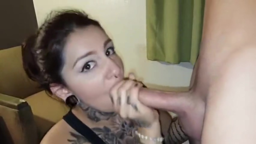 Crystal Bandida Blowjob 1 Anna and Penny Fool Around