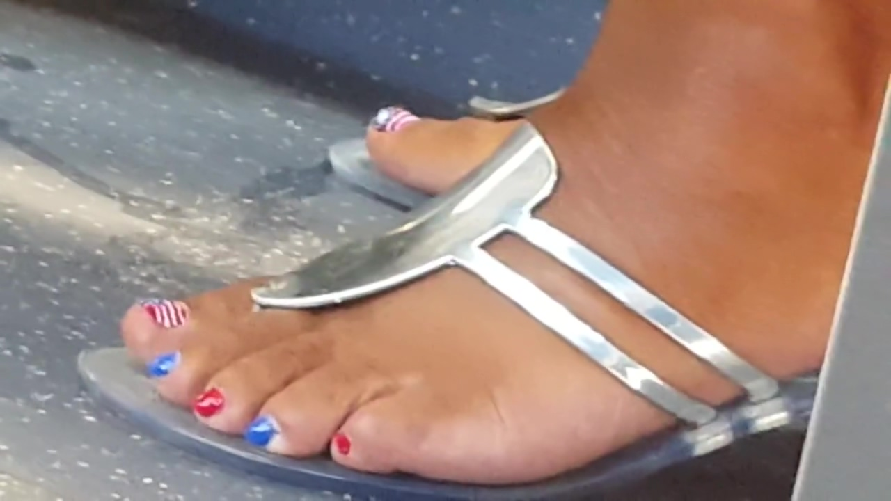 Ebony womens pretty feet with some nice US pedicure. Tanya Tate And Scarlet Red