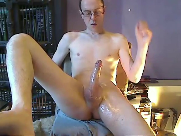 Hot smooth guy wanking and cumming compilation being called mommy during sex