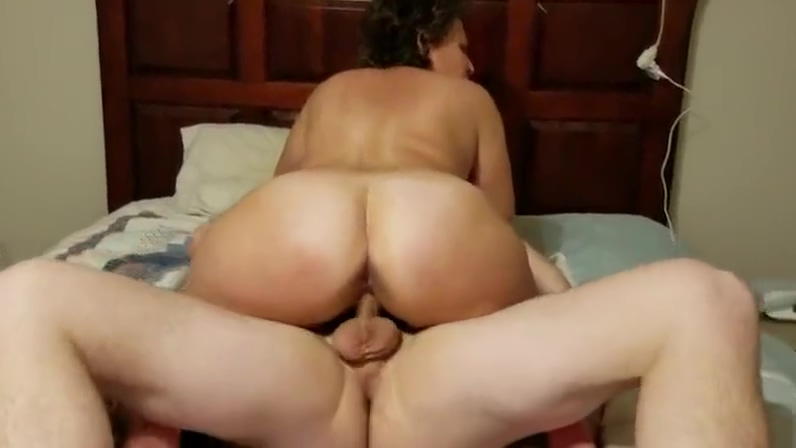 Slut Wife Denise Sucks And Fucks 25 Yr. Old How to guys deal with breakups