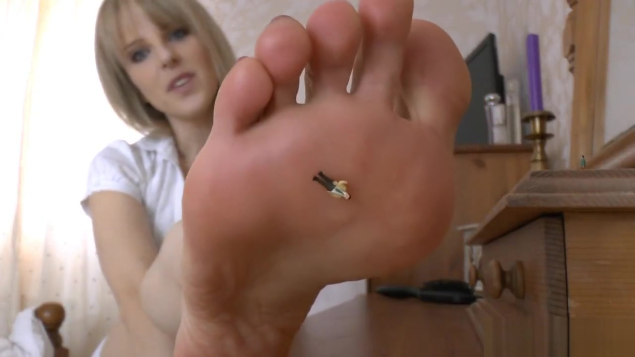 Giantess puts micro man and car on feet and mouth michelle waterson hot